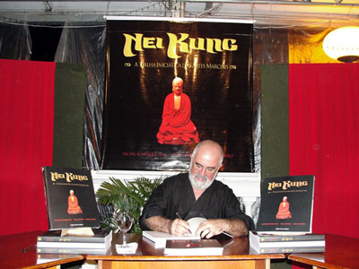 Presenting the book Nei Kung, Path of Initiation into Martial Arts by Professor Michel Echenique.