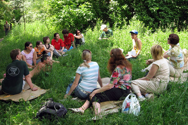 NA organizes a seminar on phytotherapy at the Kharkov Botanical Garden.