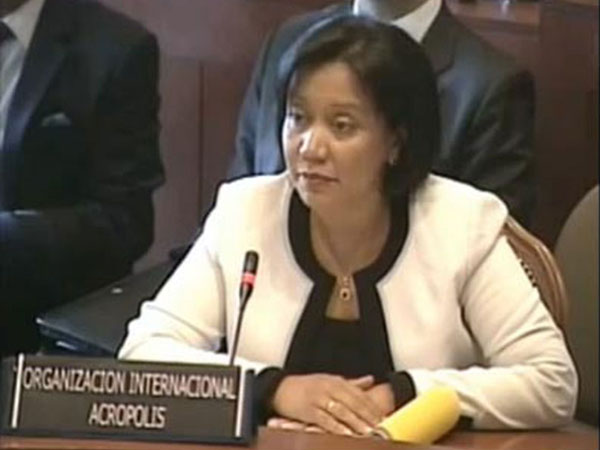 Representative of the International Organization New Acropolis, Eva Rodríguez gave a presentation at the meeting held by the Permanent Council of the OAS (Organization of American States) to celebrate the Tenth Anniversary of the Inter-American Democratic Charter. All sectors of society were represented, and made their special contributions to strengthen democratic culture in Southern Hemisphere.
